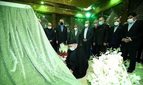 تجدید میثاق دولت سیزدهم با آرمانهای امام